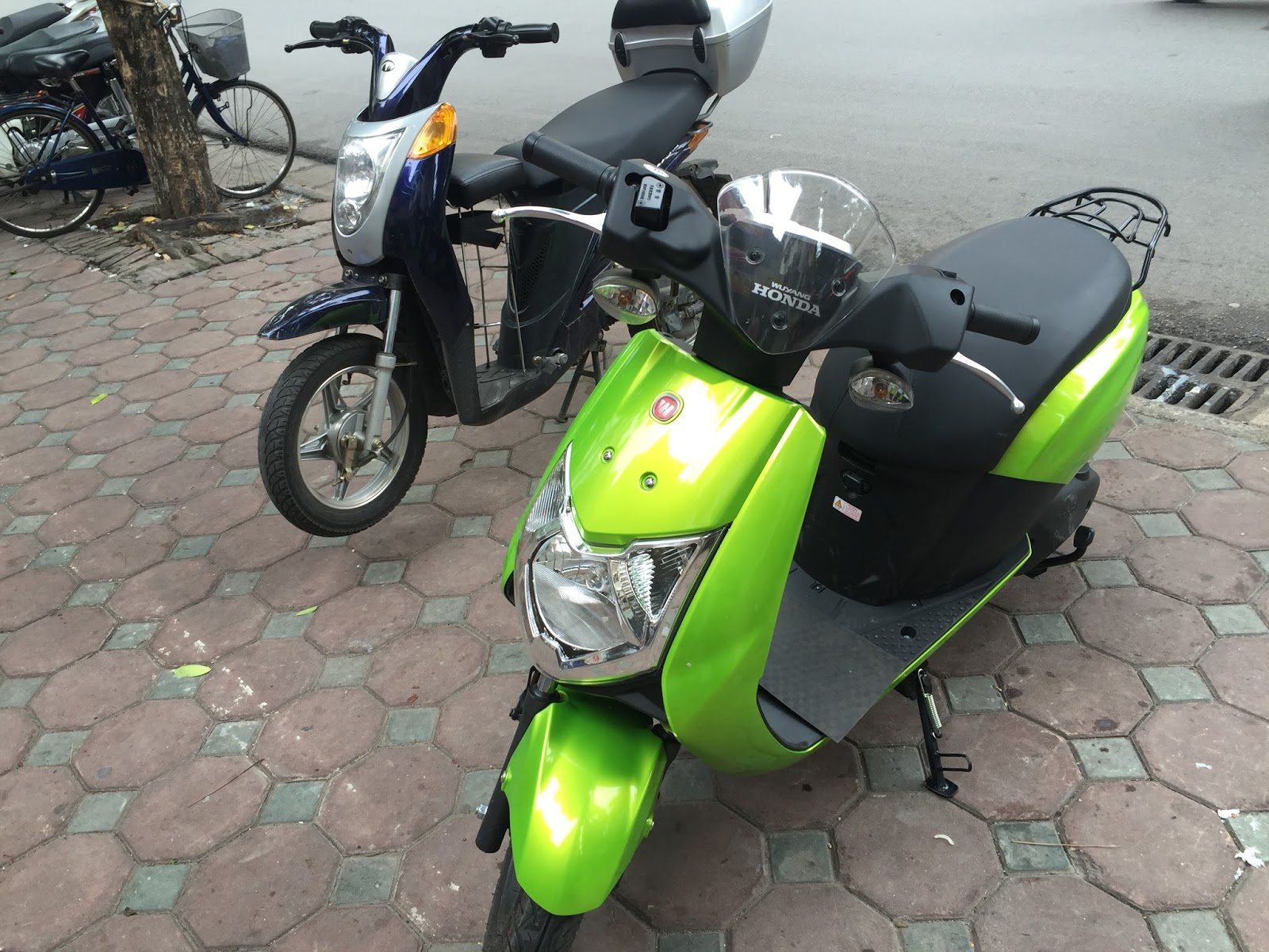 review xe may dien honda prinz co gi gia ban thong so ky thuat